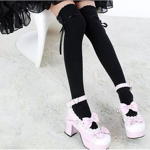 Accessories - Thigh High Knit Stockings With Bows